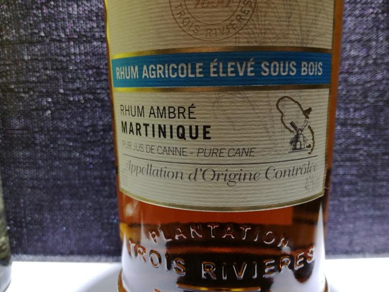 Etykieta zawierająca AOC Martinique