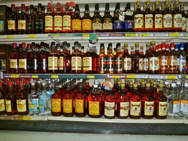 Półki rumu na Barbadosie
