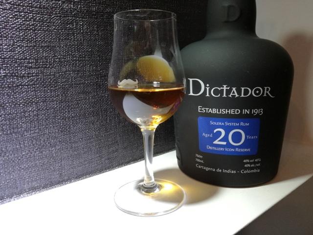 Rum Dictador 20