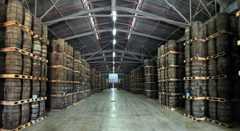 Magazyny starzenia rumu