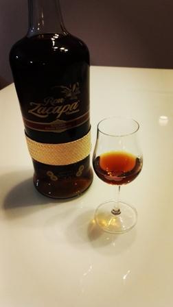 Rum solo, fotografia własna
